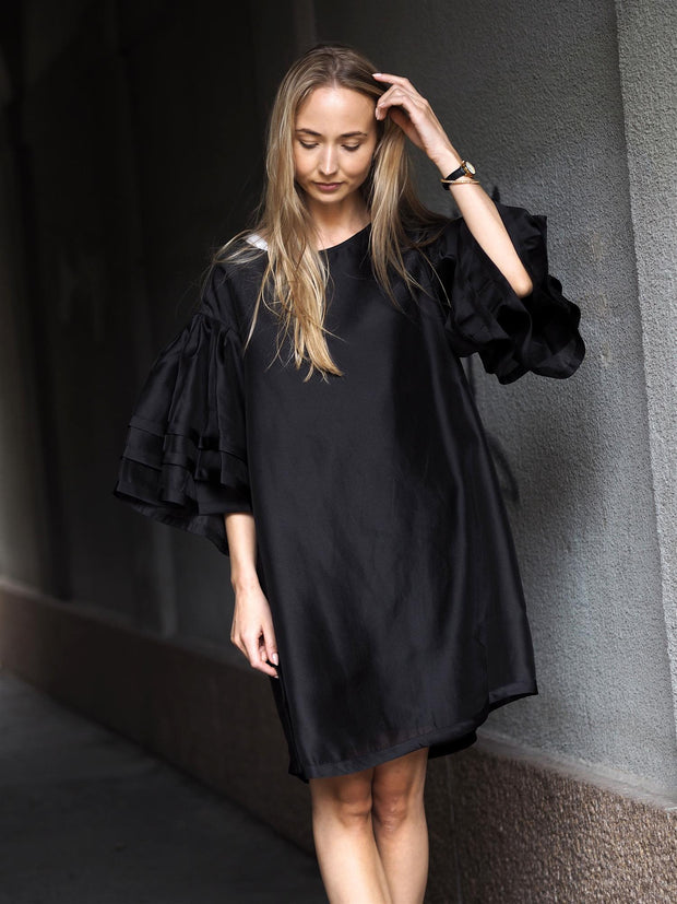 Designers Remix Enola Sleeve Dress freeshipping - Nour Butikken