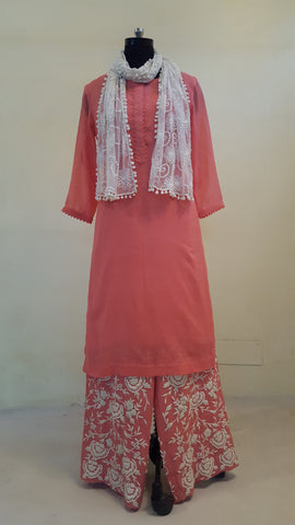 Gauva Mal Kurta with Embroidered Pants:OSsu0511E