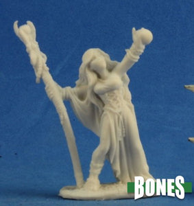 Reaper Miniatures Bones Sarah the Seeress (77210)