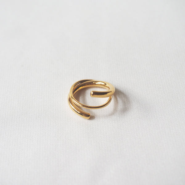 Desiree Line Ring