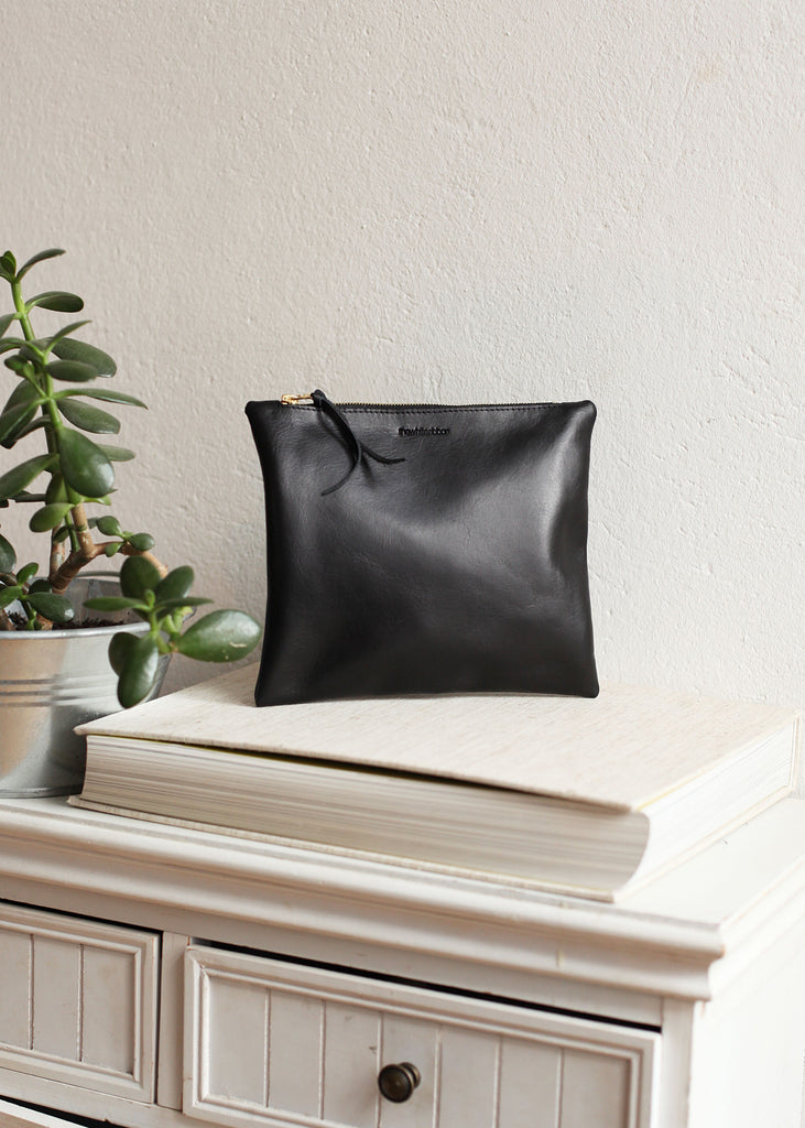 The Evening Clutch in Black