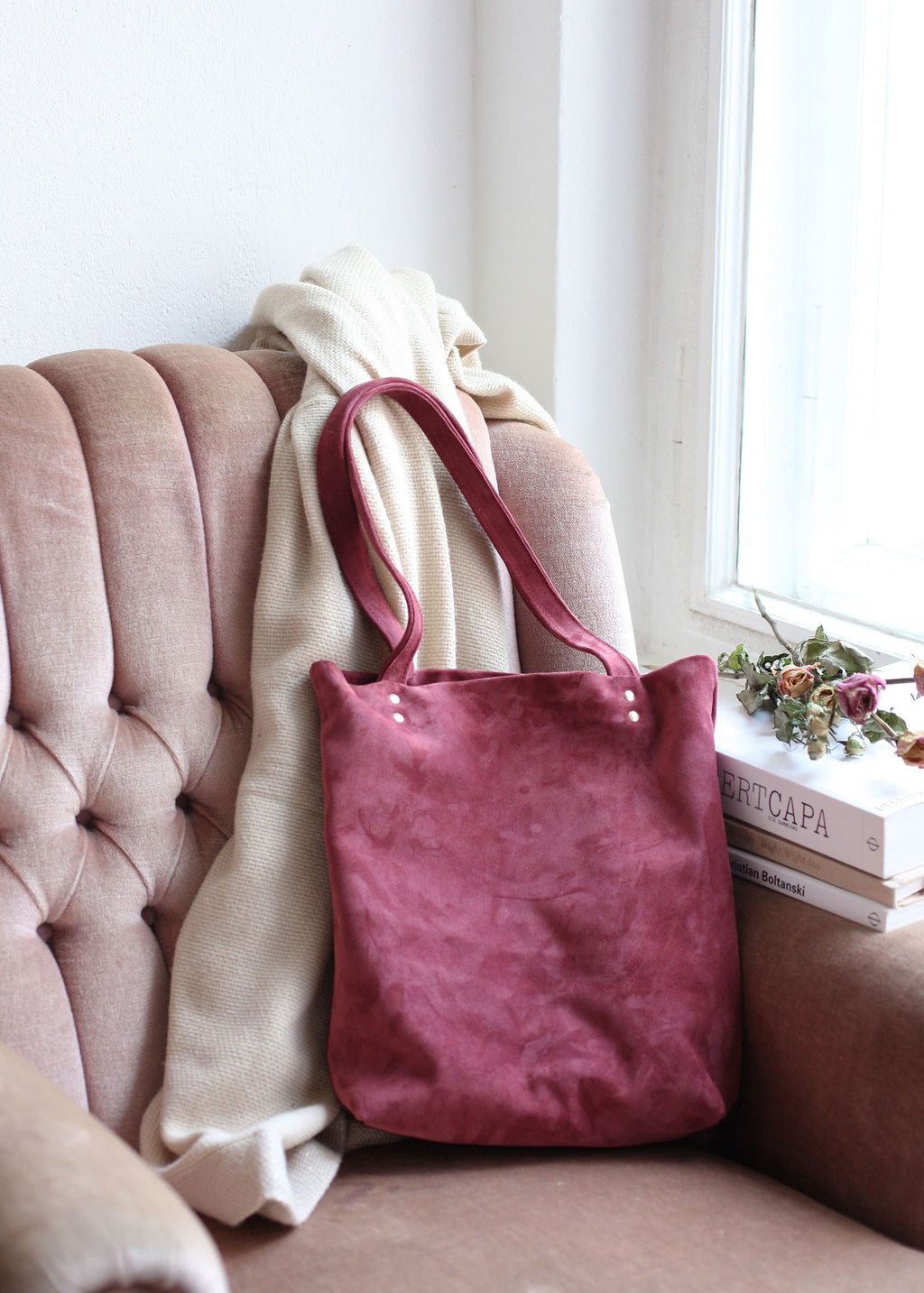 The Classic Tote in Raspberry