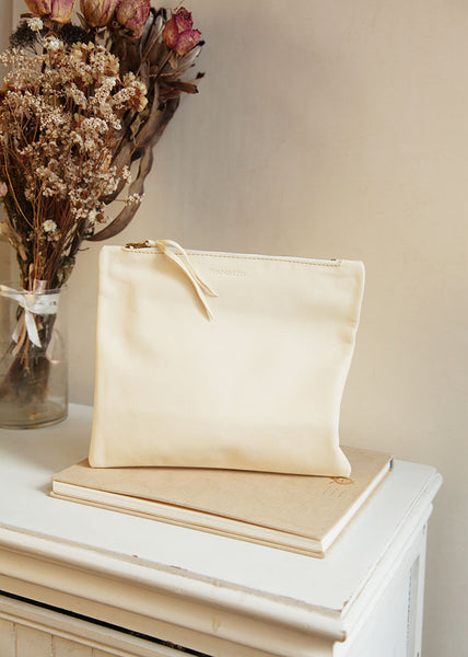 The Bridal Clutch in Vanilla Ivory