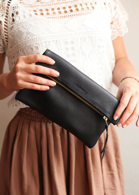 The Evening Clutch in Black Textured