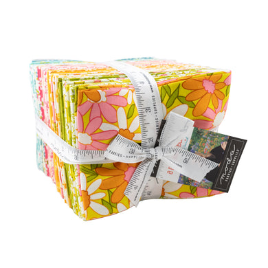 A Blooming Bunch Maureen McCormick Moda Fat Quarter Tower Retro 70's flowers blooms