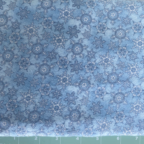 100% cotton flannel snowflake print Maywood