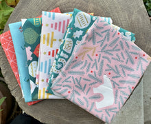 Load image into Gallery viewer, Polar Magic (6) Fat Quarter Bundle