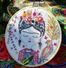 Load image into Gallery viewer, Jolie Frida Kahlo Beginner Embroidery Kit Made in France