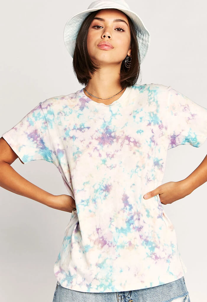 Tie dye weekend tee in spring bubble