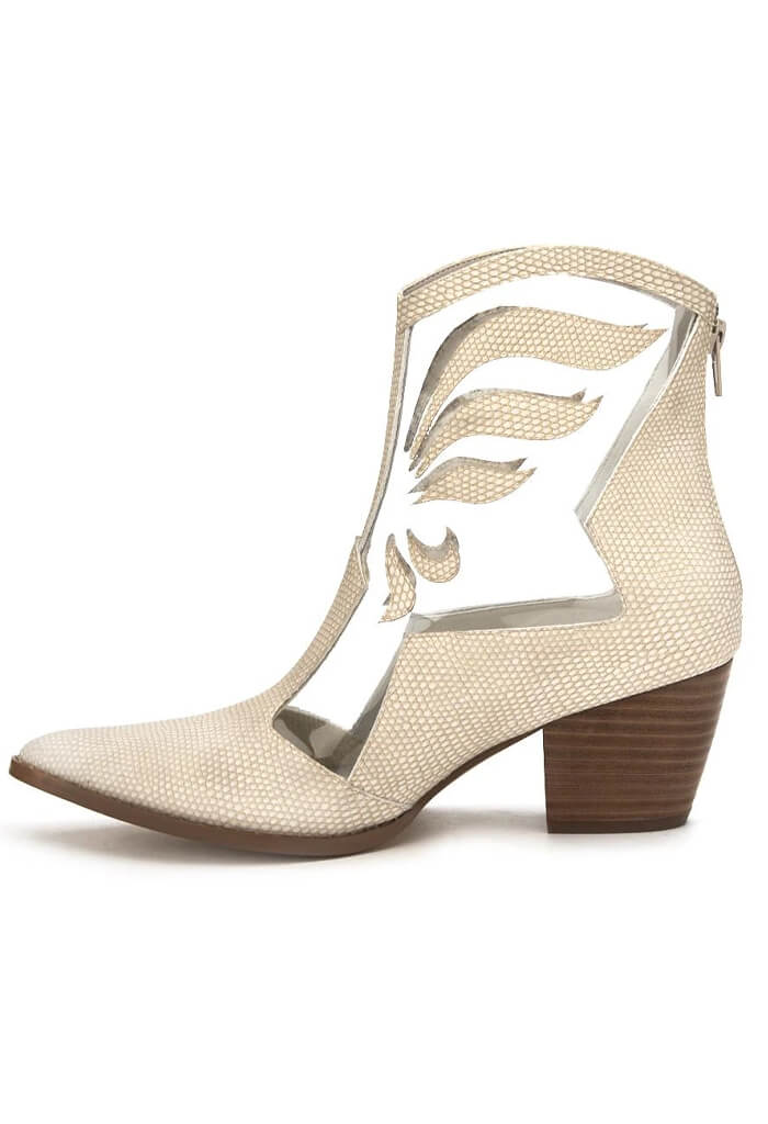 Matisse Cloud Nine Boots in Ivory
