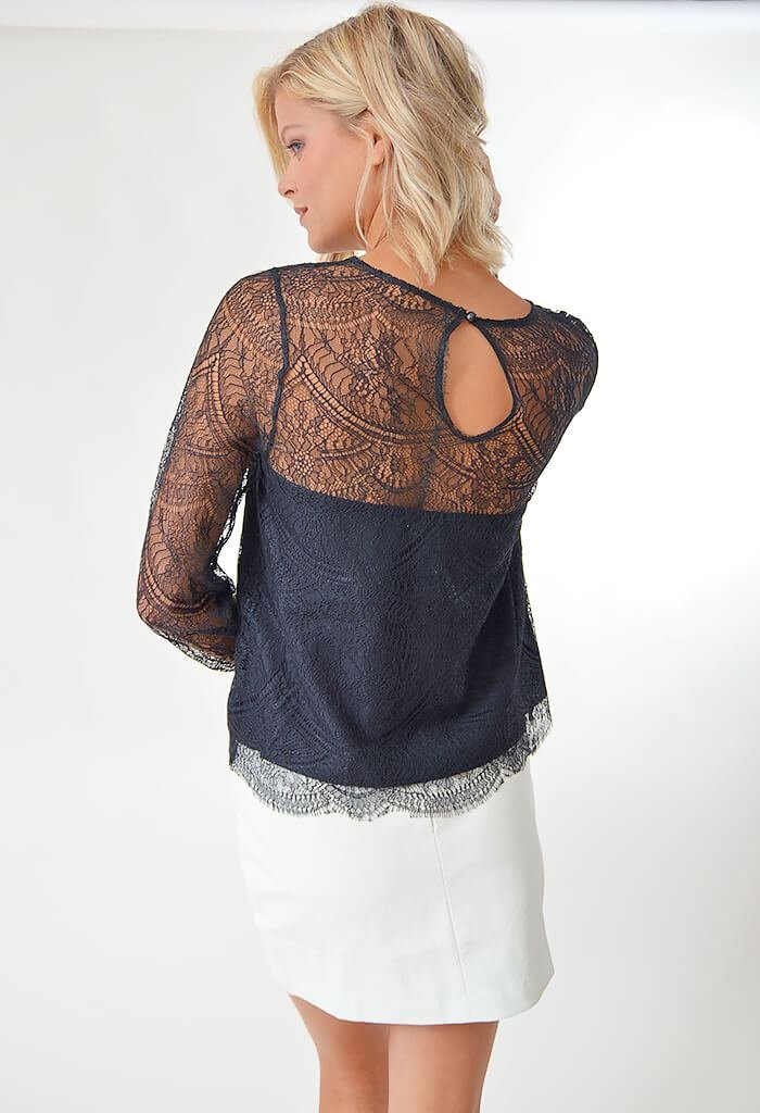 Jenevera Blouse