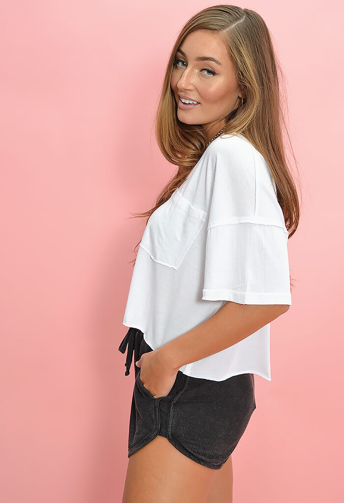 KK Bloom Boutique Elliott Tee in White-full lenth