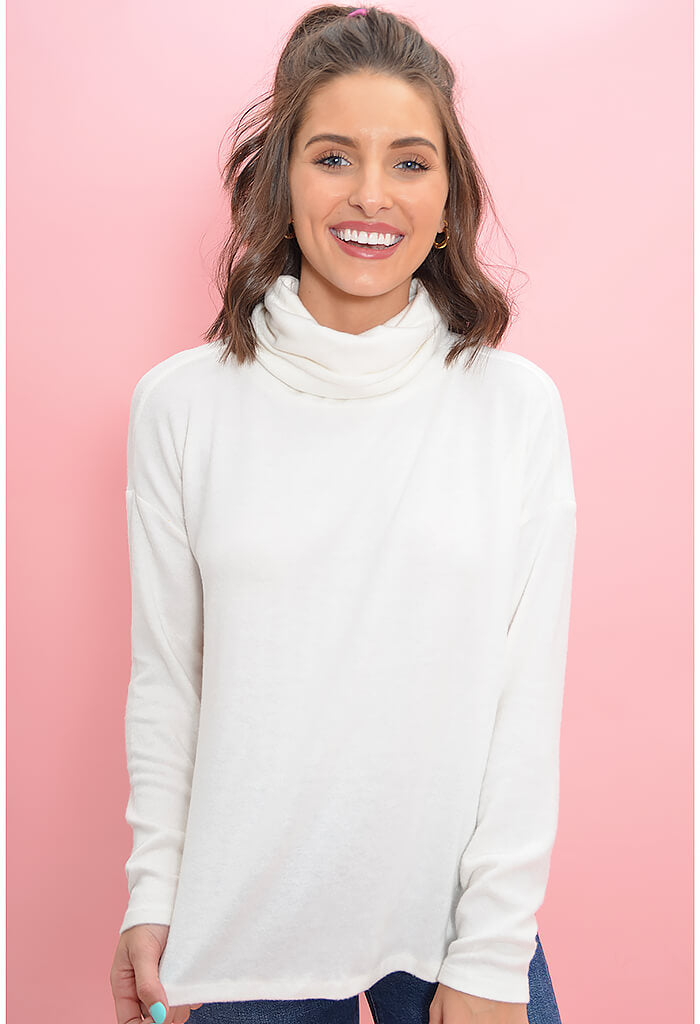 WARM ME UP SWEATER-IVORY