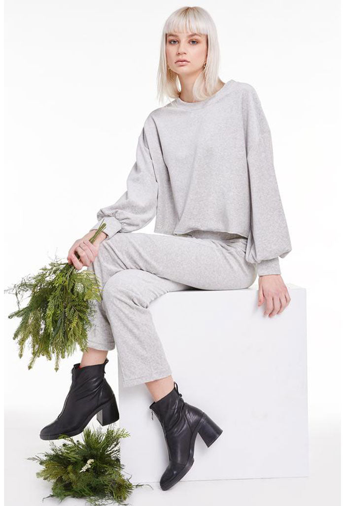 Olivia Sweatshirt-Heather Grey