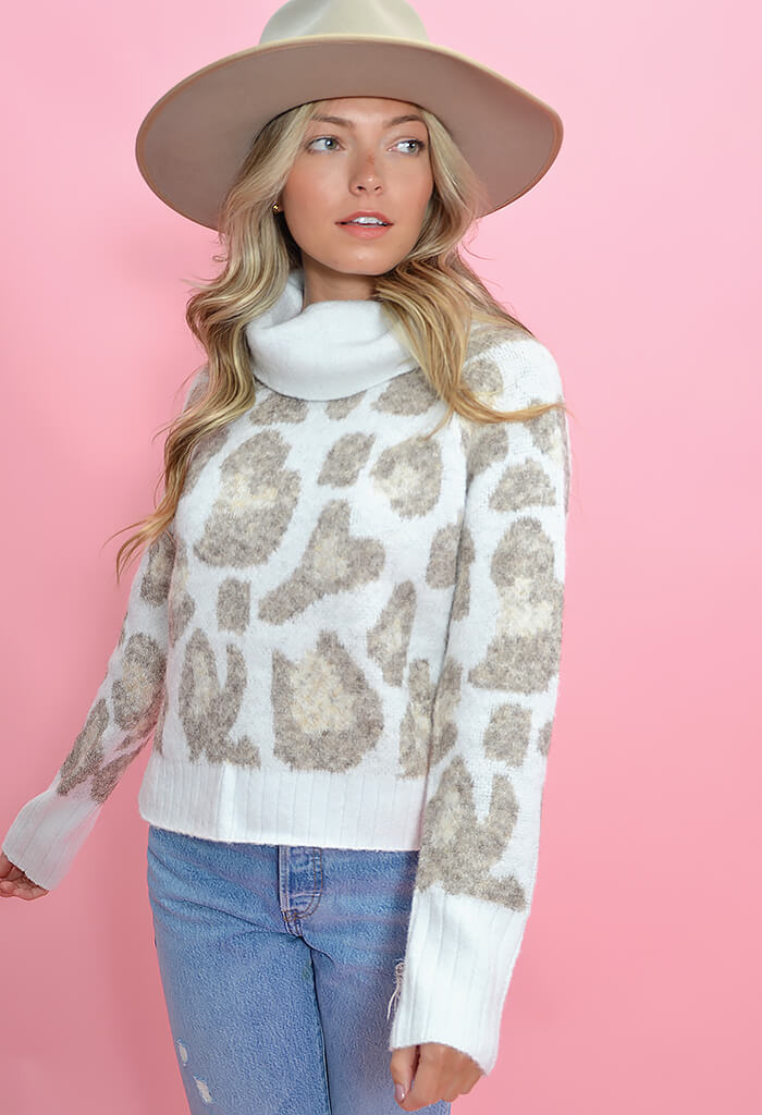 RD Style Lovely Leopard Sweater