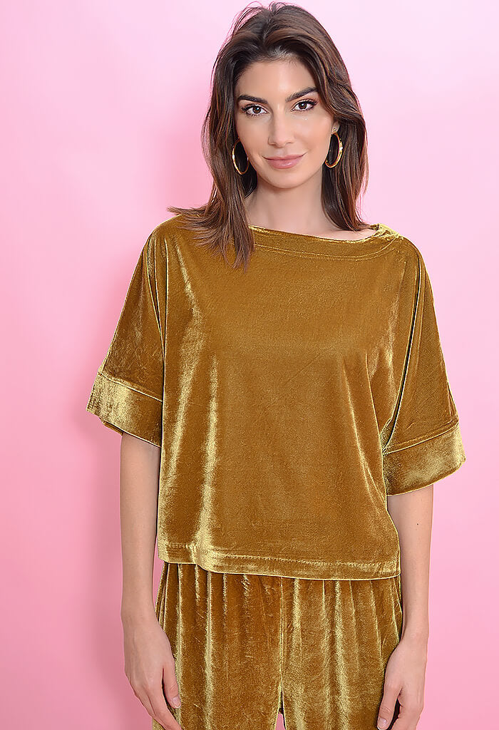 Cupcakes and Cashmere Mikaela Top-Vintage Gold