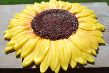 Load image into Gallery viewer, Yellow Sunflower