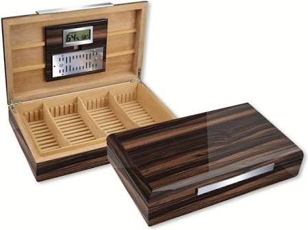 THE VANDERBILT 120 Ct. Lacquered Ebony Wood Humidor w/ Slotted Divider System