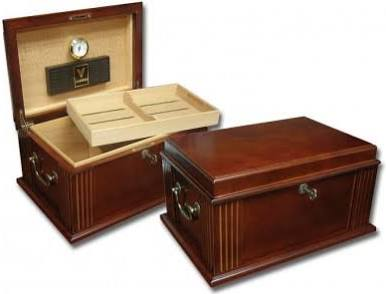 THE CAESAR 50 Count Antique Cigar Humidor