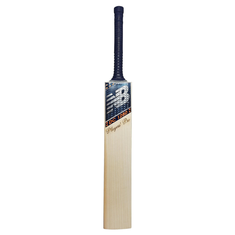 DC1080 Players Pro Cricket Bat