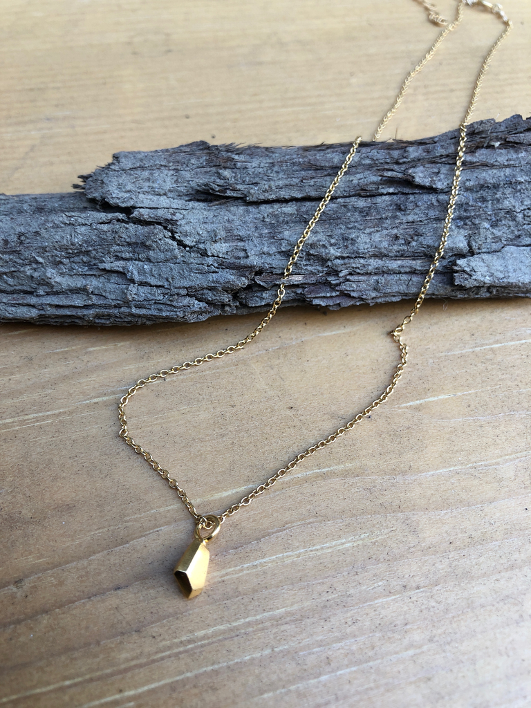 solid faceted necklace askew gold