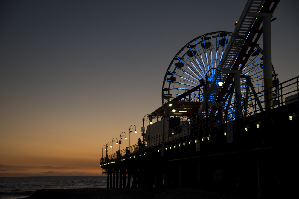 Manhattan Beach Pier 4 8X12 matted photo