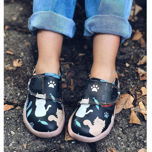 UIN Footwear Kid Lovely Cat Canvas loafers