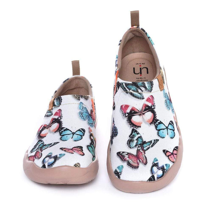 UIN Footwear Women Dancing on My Feet Canvas loafers