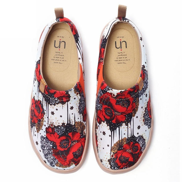 UIN Footwear Women Dazzling Papaver Colorful Lady Footwear Canvas loafers