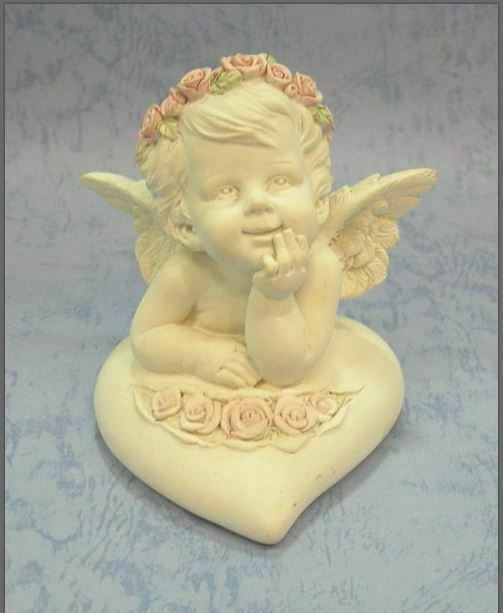 Guardian Angel Figurine Cherub Resting on Heart Statue Ornament Sculpture Gift