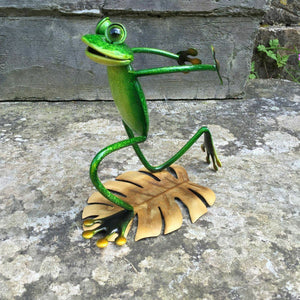 Green Metal Frog Wine Bottle Garden Kitchen Ornament Barbeque Area
