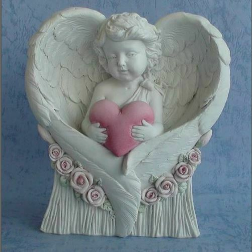 Guardian Angel Figurine Cherub Holding Heart Statue Ornament Sculpture Gift