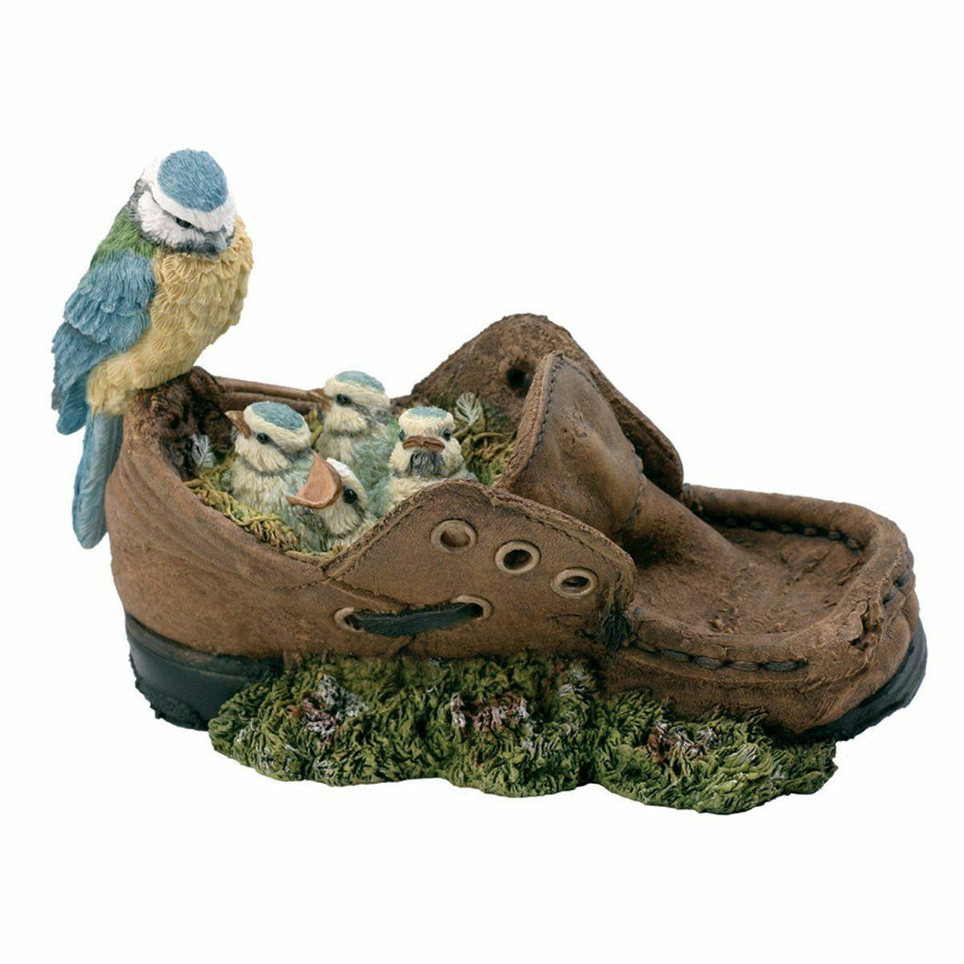 BLUE TIT FAMILY IN SHOE BIRD ORNAMENT FIGURE STYLE OF BOWBROOK