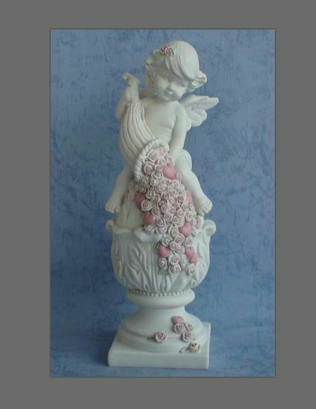 Guardian Angel Figurine Cherub with Pink Roses Statue Ornament Sculpture Gift