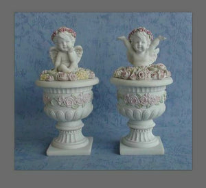 Pair of Guardian Angel Figurine Cherubs with Flowers Statue Ornament Sculpture