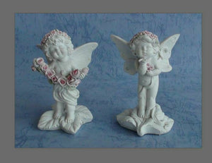 Pair of Guardian Angel Figurine Cherubs Holding Flowers Statue Ornament Gift