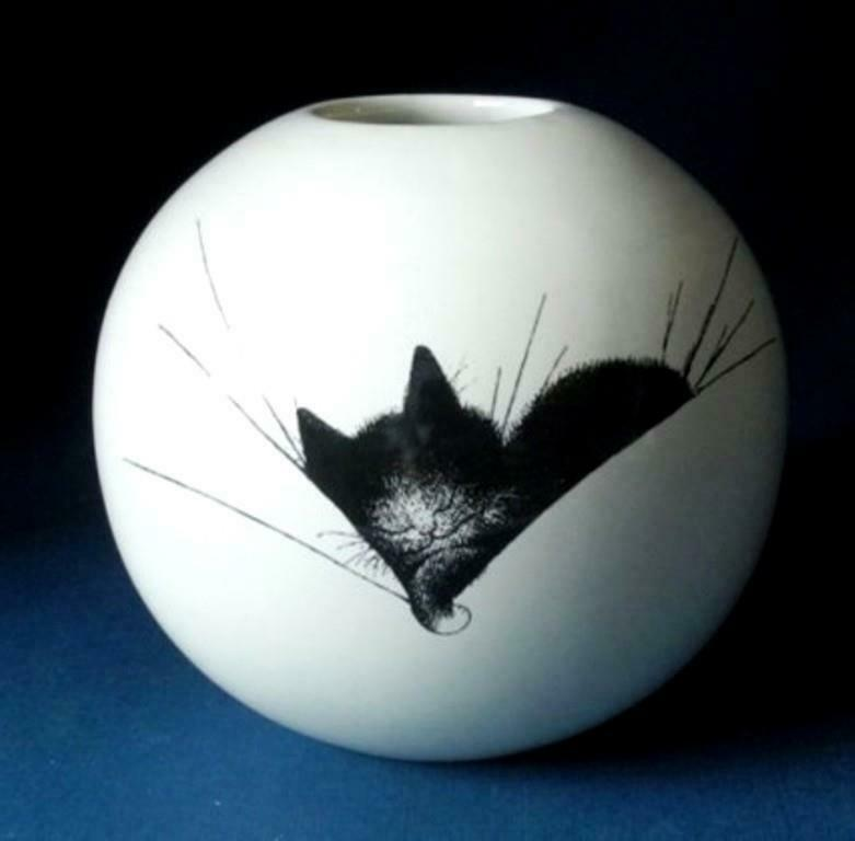 Dubout Cat Round Vase Cat Nap Ornament Decoration Gift Idea