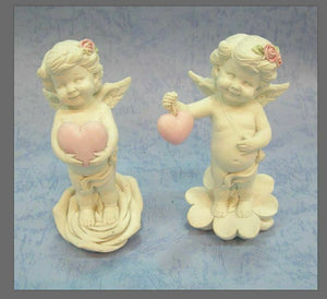 Pair of Guardian Angel Figurine Cherub Holding Hearts Statue Ornament Sculpture