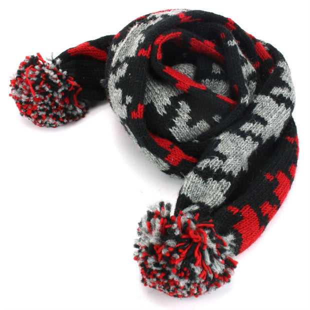 Chunky Wool Knit Scarf - Red Houndstooth