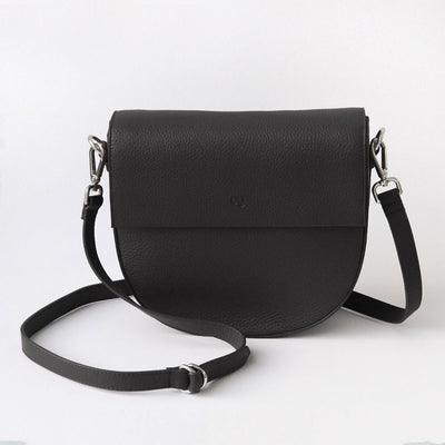 black-leather-oxford-saddle-bag-da6160-Bags-1