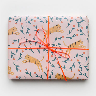 tiger-floral-wrapping-paper-gwe507-Wrap-1