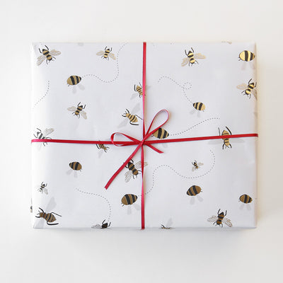 gold-foil-bee-wrapping-paper-gwl499-Wrap-1