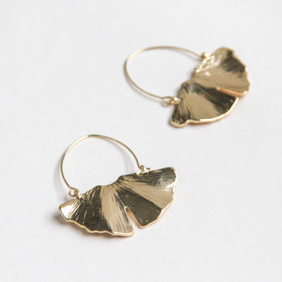 gold-leaf-statement-earrings-da6045-Jewellery-1