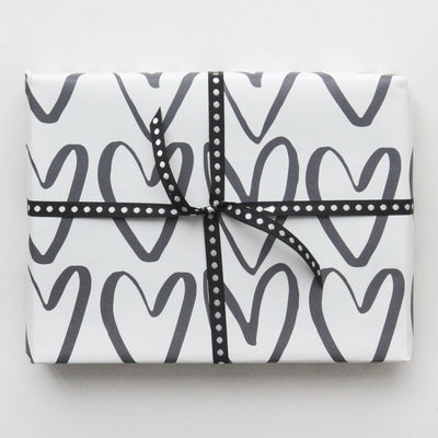monochrome-hearts-wrapping-paper-gwe503-Wrap-1