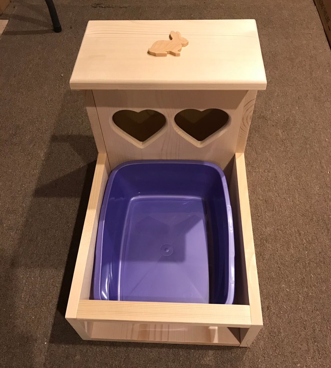 Rabbit Hay Feeder With Litter Box, Heart Shaped Hay Holes