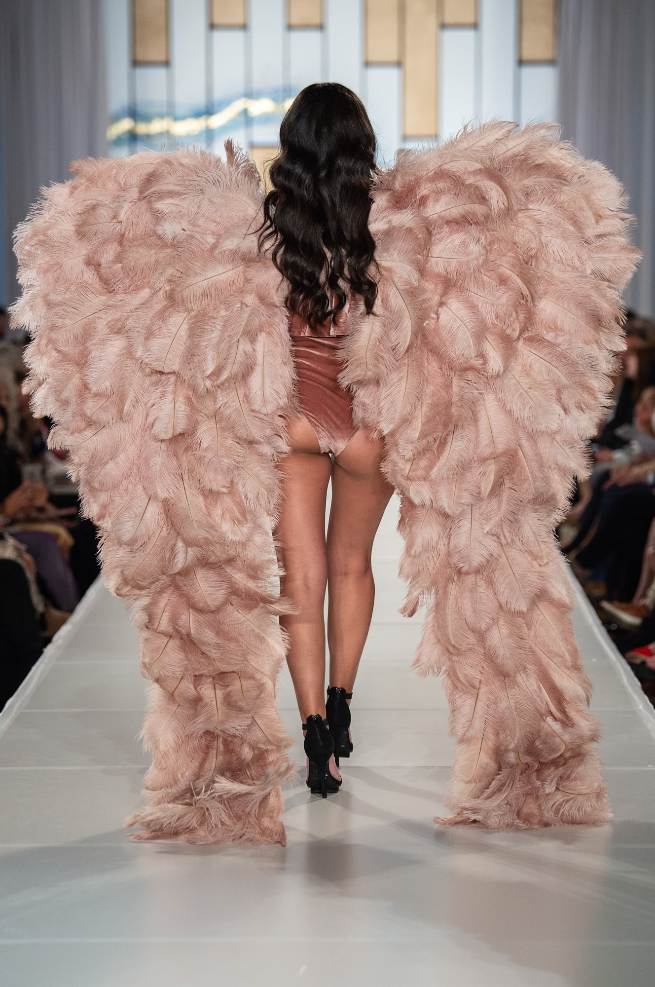 Kyndra Jade Angel Wings Runway Angels