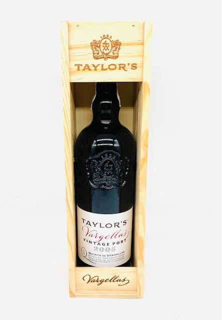 Taylor's Vargellas Vintage Port 2005  Gift Box - 75Cl