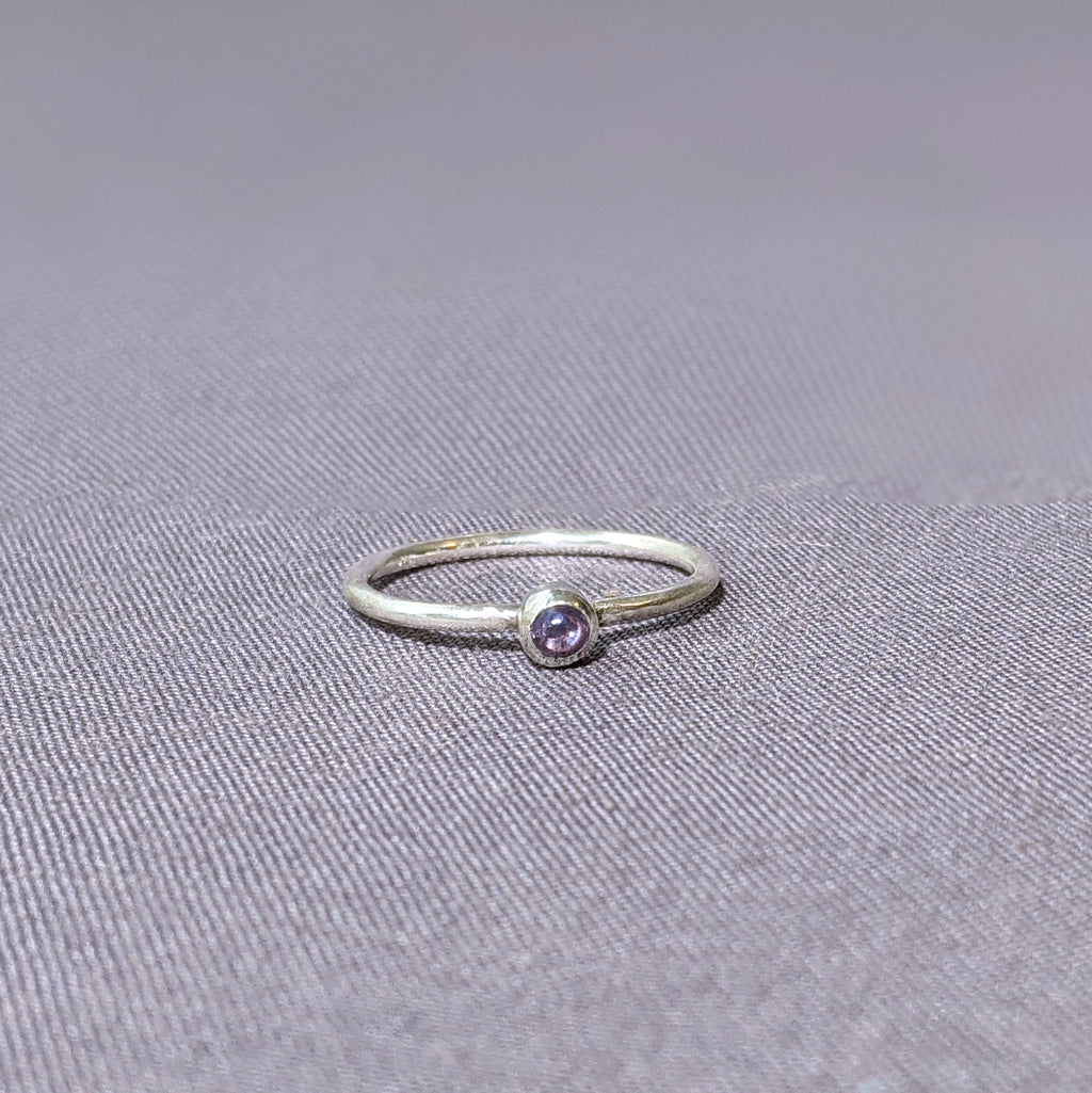 Neo-Lavender Glass Cabochon Stacking Ring, Size 8