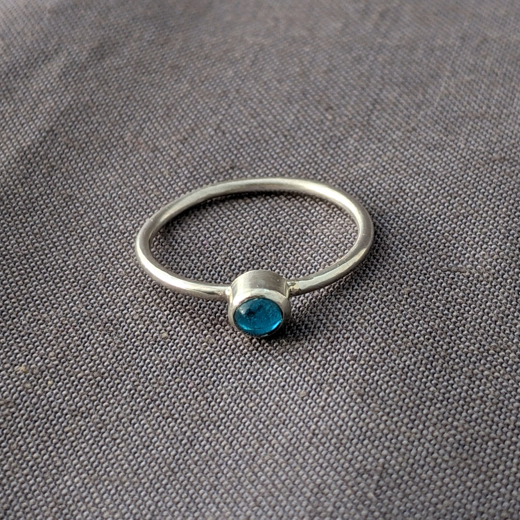 Turquoise Blue Glass Cabochon Stacking Ring, Size 5.5