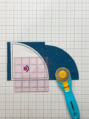 cutting curves, how to cut curves, how to cut fabric with curved templates